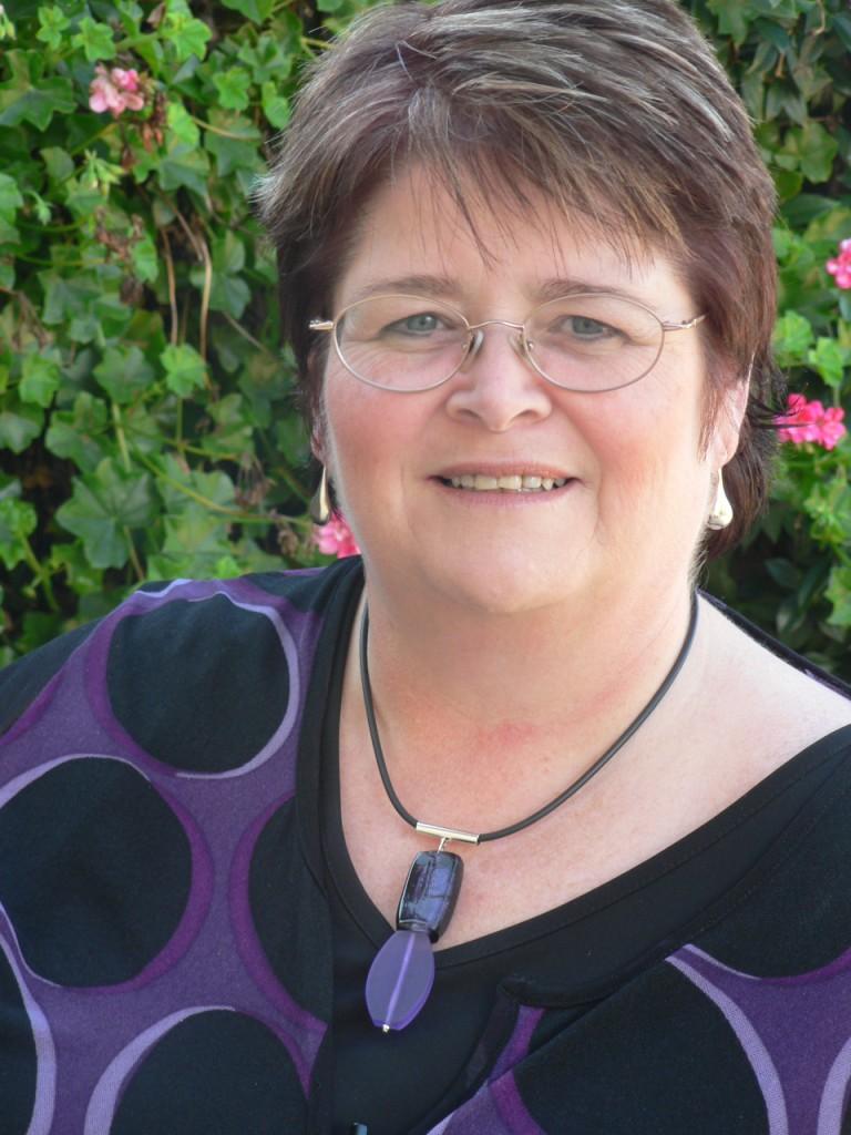 Angela Esnouf