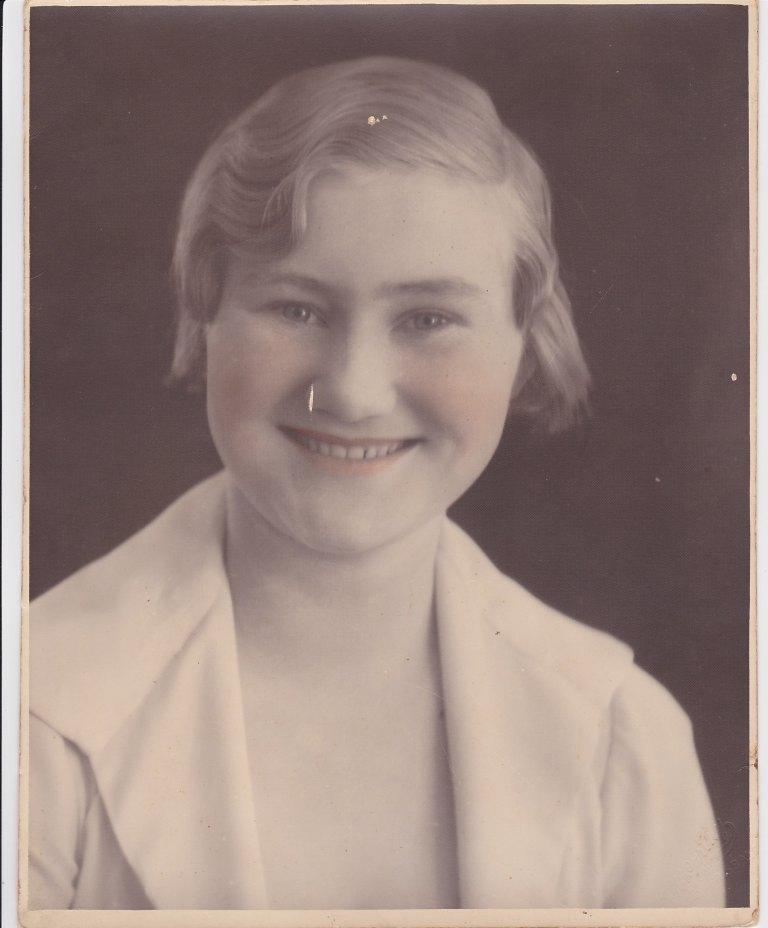 Grandma aged circa 16-2
