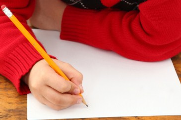 child_writing_note